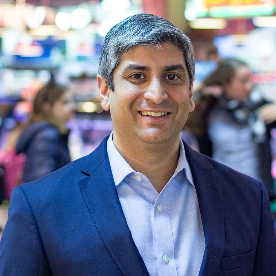Anuj Gupta (MGA/JD '03)